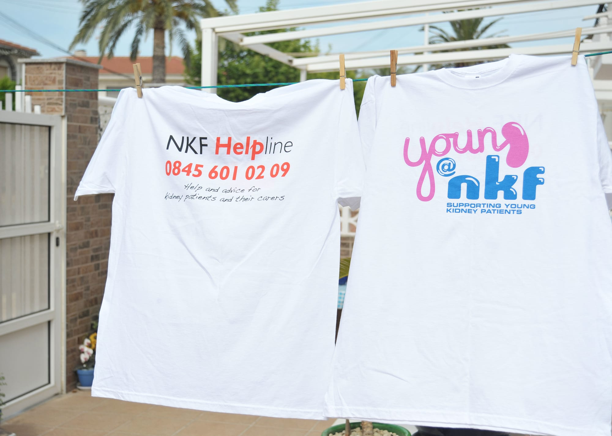 Young NKF t shirt small
