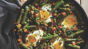 Asparagus, pea and courgette shakshuka